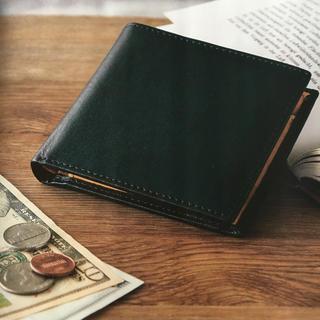 アーバンリサーチ(URBAN RESEARCH)の【とも様専用】アーバンリサーチ 二つ折り財布 ネイビー 牛革(折り財布)