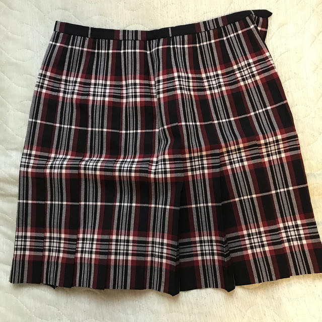 EASTBOY(イーストボーイ)のEAST BOY  スカート赤 レディースのスカート(ひざ丈スカート)の商品写真