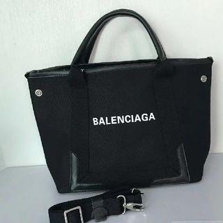 buy popular 6732c bbc01 最終価格 バレンシアガ Balenciaga エブリデイ カメラバッグ XS