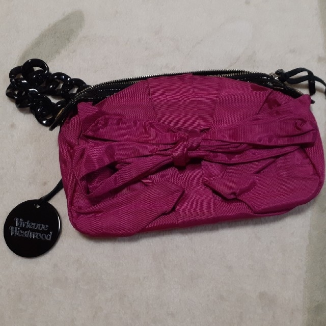 Vivienne Westwood(ヴィヴィアンウエストウッド)のvivienne westwood♡クラッチバッグ♡ピンク♡リボン レディースのバッグ(クラッチバッグ)の商品写真
