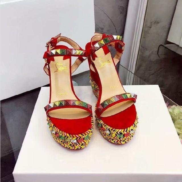 Christian Louboutin(クリスチャンルブタン)の夏季節大人気!クリスチャンルブタン サンダル  レディースの靴/シューズ(サンダル)の商品写真