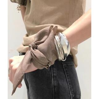 アパルトモンドゥーズィエムクラス(L'Appartement DEUXIEME CLASSE)のアパルトモン OZMA DOT HANKIE バンダナ スカーフ 新品 オズマ(バンダナ/スカーフ)