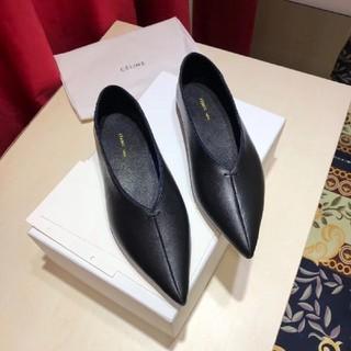 セリーヌ(celine)のセリーヌ フィービー パンプス フラット(ローファー/革靴)