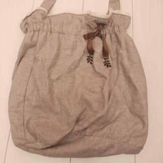 サマンサモスモス(SM2)の巾着バック・ベージュスカート(ハンドバッグ)