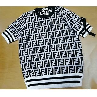フェンディ(FENDI)のFENDI フェンディ ニット セーター Tシャツ(ニット/セーター)