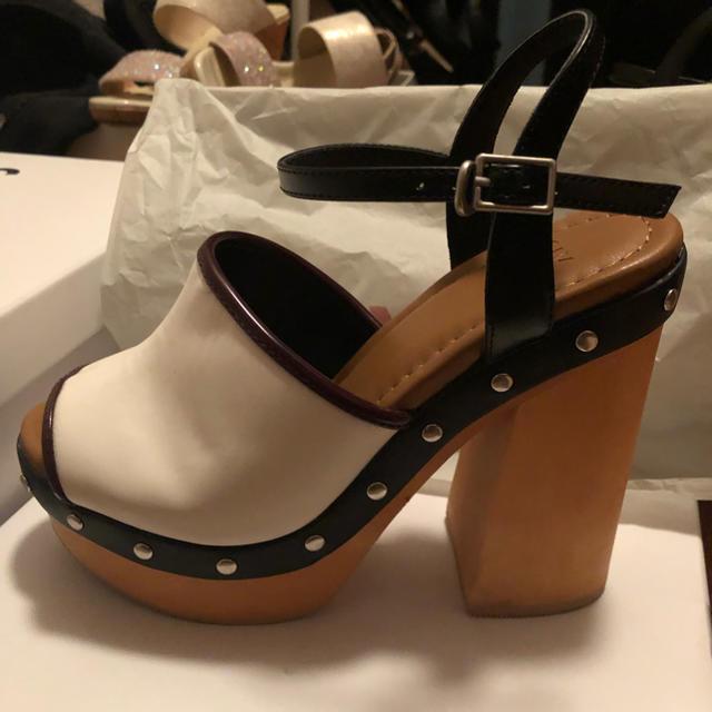 SLY(スライ)のSLY ウッドヒールサンダル レディースの靴/シューズ(サンダル)の商品写真