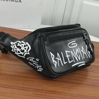 バレンシアガ(Balenciaga)のBalenciaga グラフィティ ベルトバッグ ウェストポーチ(ボディーバッグ)