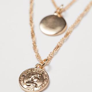 エイチアンドエム(H&M)のH&M マルチストランドネックレス ゴールド(ネックレス)