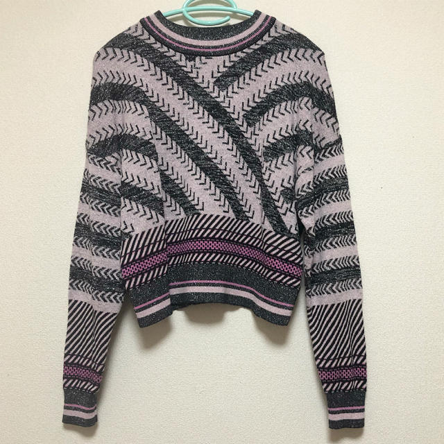 GU(ジーユー)のキラキラ 長袖 Tシャツ セーター レディースのトップス(Tシャツ(長袖/七分))の商品写真