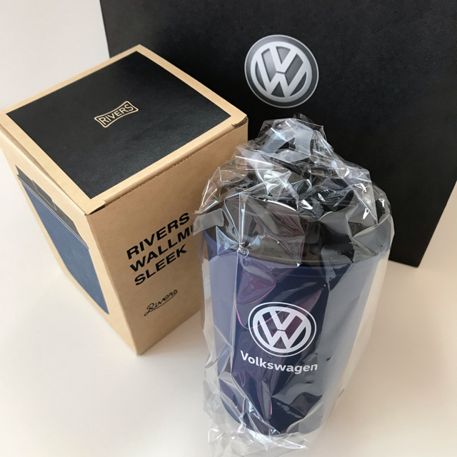 Volkswagen(フォルクスワーゲン)のフォルクスワーゲン  ウォールマグ      ネイビー新品 エンタメ/ホビーのコレクション(ノベルティグッズ)の商品写真