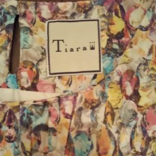 ティアラ(tiara)のティアラ ノースリーブワンピース(ひざ丈ワンピース)