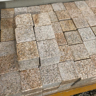 ピンコロ石 フラット1丁 150個 インターロッキング等に(その他)