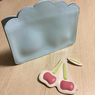 フルラ(Furla)の☆送料込☆フルラ☆雲みたいなクラッチバッグ?ポーチ?/さくらんぼ型コインケース☆(ポーチ)