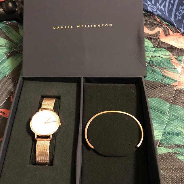 ダニウェルウェリントン 時計 バングル セットの通販 by stershop|ラクマ