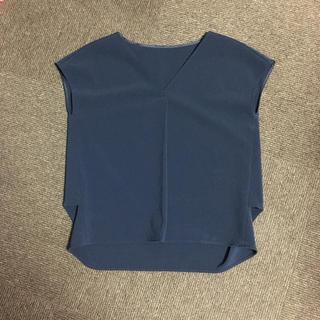プラステ(PLST)のプラステ   ネイビー トップス(カットソー(半袖/袖なし))