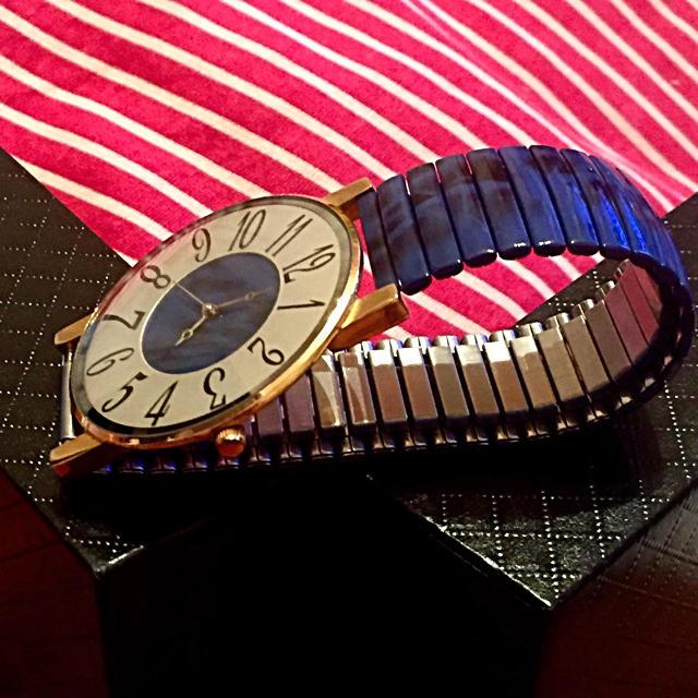 腕時計(女性用)の通販 by 月と星キララ's shop|ラクマ