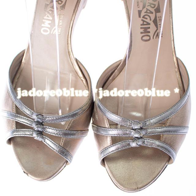 Salvatore Ferragamo(サルヴァトーレフェラガモ)のサルヴァトーレフェラガモシャンパンカラーウエッジソールサンダール8.5B25cm レディースの靴/シューズ(ハイヒール/パンプス)の商品写真