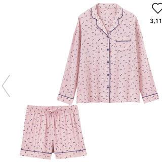 ジーユー(GU)の新品 GU パジャマ ピンク (リボン柄) (長袖&ショートパンツ) XL(パジャマ)