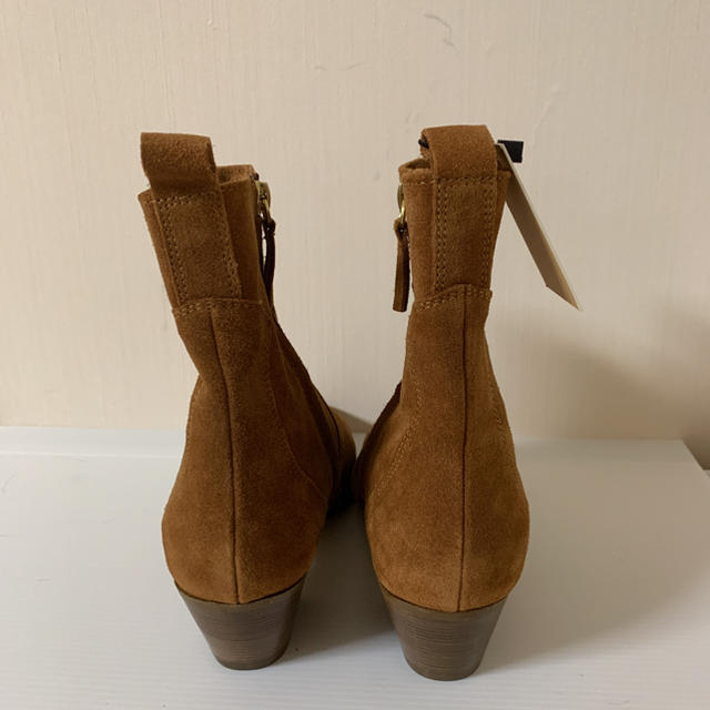 ZARA(ザラ)の新品タグ付  ZARA  ブラウン レザーショートブーツ 38 レディースの靴/シューズ(ブーツ)の商品写真