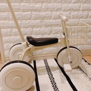 ムジルシリョウヒン(MUJI (無印良品))の無印  舵取り棒付き カゴ付き  三輪車(三輪車)