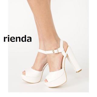リエンダ(rienda)の新品 rienda アンクルストラップ オープントゥ サンダル 白 Sサイズ(サンダル)
