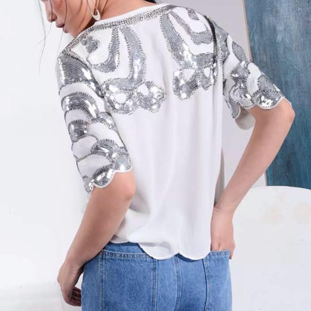 Chesty(チェスティ)のホワイトスパンコールトップス レディースのトップス(カットソー(半袖/袖なし))の商品写真