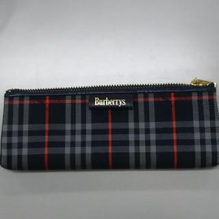 BURBERRY - BURBERRYペンケース