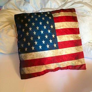 ロンハーマン(Ron Herman)の星条旗柄 クッションカバー 新品(クッションカバー)