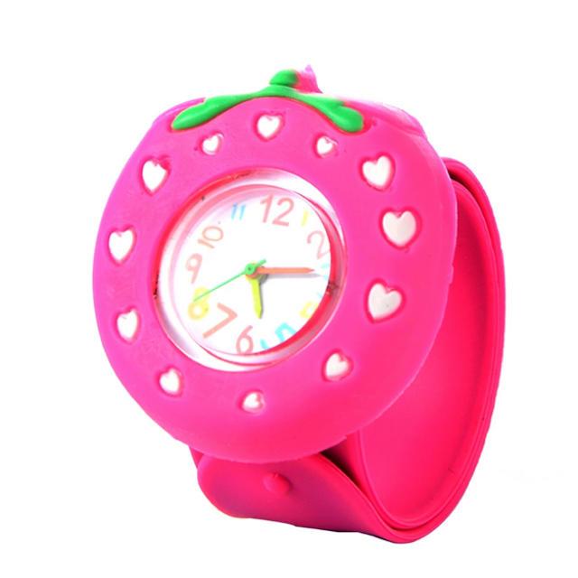 パッチンバンド キッズ 腕時計 【ピンクいちご】の通販 by なっちゃん's shop|ラクマ
