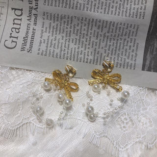 ~gold ribbon pearl shower earring~(イヤリング)