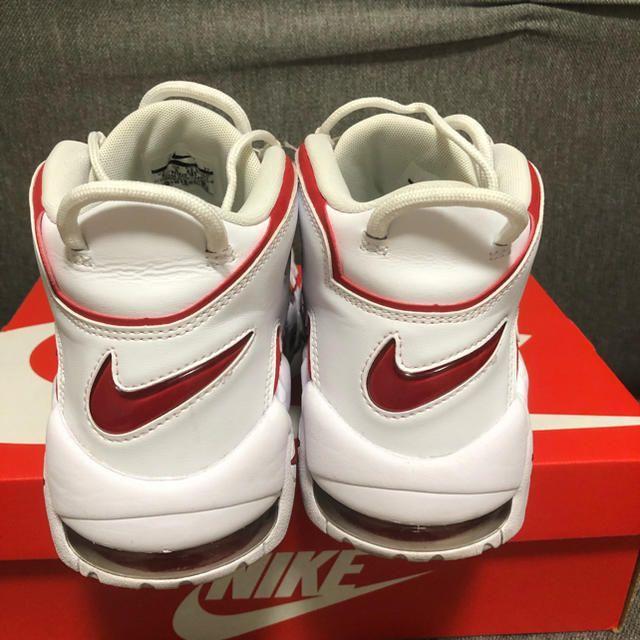NIKE(ナイキ)のモアテン モアアップテンポ 921948 102 白赤 メンズの靴/シューズ(スニーカー)の商品写真
