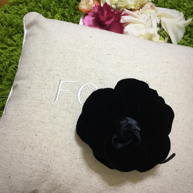 FOXEY(フォクシー)のフォクシー❤︎レディコサージュ黒 レディースのファッション小物(その他)の商品写真