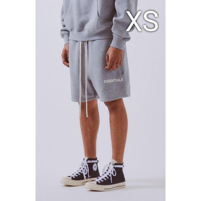 FEAR OF GOD(フィアオブゴッド)の希少XSサイズ FOG ESSENTIALS sweat shorts グレー メンズのパンツ(ショートパンツ)の商品写真