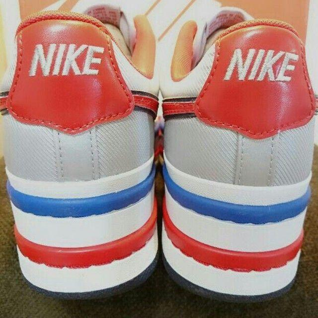 NIKE(ナイキ)のNIKE VANDAL 2K WMNS ナイキ バンダル レディースの靴/シューズ(スニーカー)の商品写真