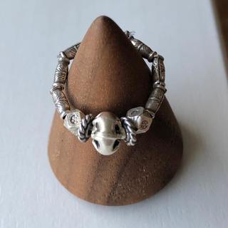 カレンシルバー の個性的なビーズのリング(リング(指輪))