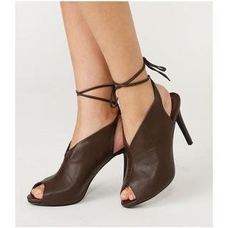 リエンダ(rienda)の未使用 リエンダ Vカットアンクルリボンサンダル rienda 靴(サンダル)