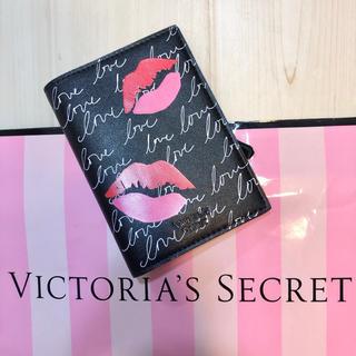 ヴィクトリアズシークレット(Victoria's Secret)のヴィクトリア シークレット 黒 リップ パスポート ケース カバー 旅行 唇新品(旅行用品)