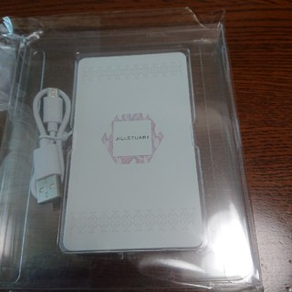 ジルスチュアート(JILLSTUART)のジルスチュアート ノベルティ モバイルバッテリー充電器(バッテリー/充電器)