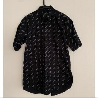 バレンシアガ(Balenciaga)のバレンシアガ シャツ(Tシャツ/カットソー(半袖/袖なし))