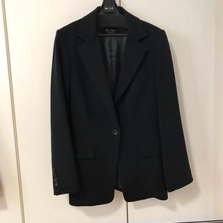エムプルミエ(M-premier)のエムプルミエ   ブラック ジャケット サイズ36(テーラードジャケット)