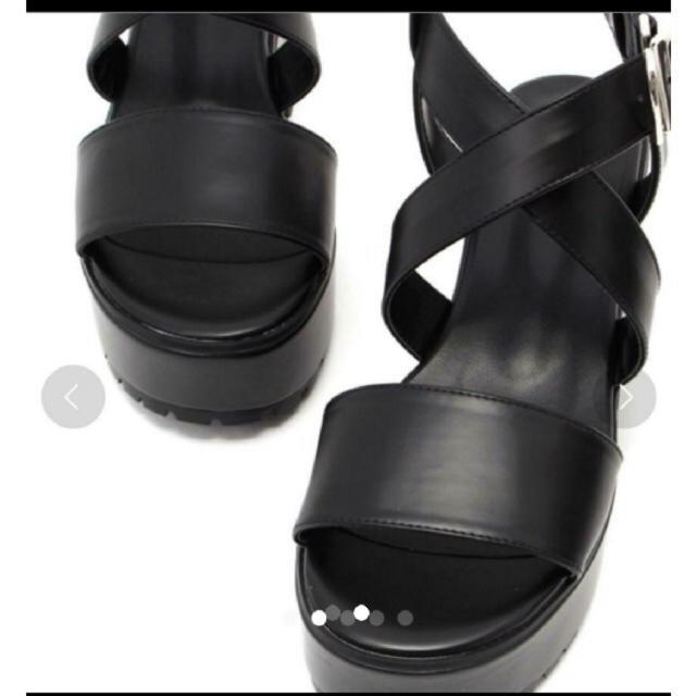 SLY(スライ)のSLY クロスサンダル レディースの靴/シューズ(サンダル)の商品写真