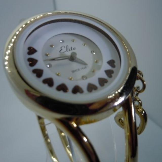 【新品・未使用】ハートが動くキュートなバングル時計の通販 by cocofage's shop|ラクマ