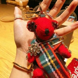 BURBERRY - BURBERRY バーバリー赤い人形  テディベア キーホルダー