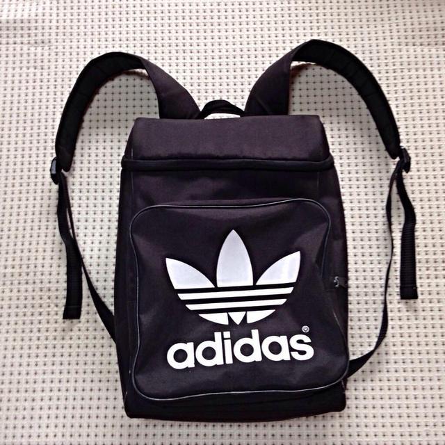 7ac388d24e4b adidas - 《人気!》アディダス リュック 黒の通販 by **. ぺろのお店 ...