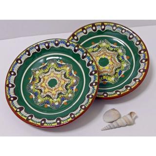 【値下げ早い者勝ち♪】ブルガリアの職人さん手作り 中皿2枚(トロヤン焼き)(食器)