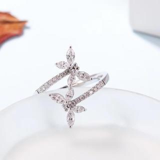 ホワイトダイヤモンド指輪(リング(指輪))