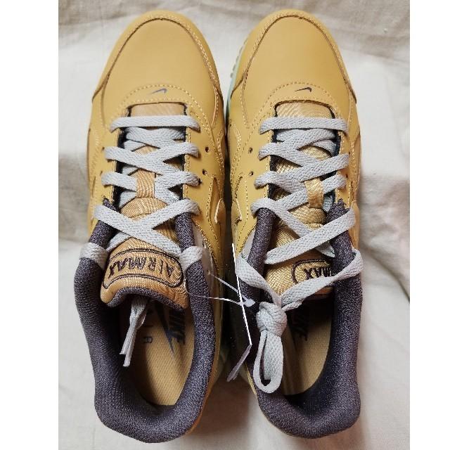 NIKE(ナイキ)のナイキ エア マックス IVO メンズの靴/シューズ(スニーカー)の商品写真