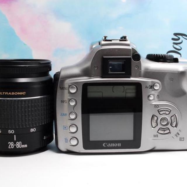 Canon(キヤノン)の【ビギナーにおすすめ !⠀】キャノン kiss Dgital セット 練習に最適 スマホ/家電/カメラのカメラ(デジタル一眼)の商品写真