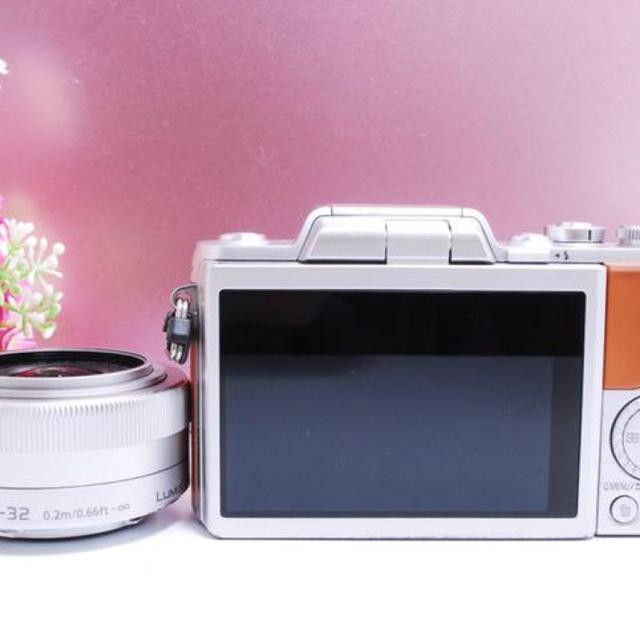 Panasonic(パナソニック)の【WiFi機能搭載&自撮り】可愛いブラウン LUMIX GF7 スマホ/家電/カメラのカメラ(デジタル一眼)の商品写真
