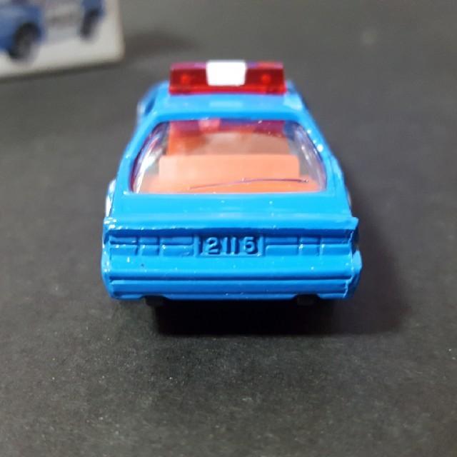 TOMMY(トミー)のトミカ 赤箱114 日本製 シボレーカマロポリスカー エンタメ/ホビーのおもちゃ/ぬいぐるみ(ミニカー)の商品写真
